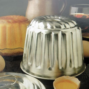 1 Quart Tinned Steel Steamed Pudding Mold