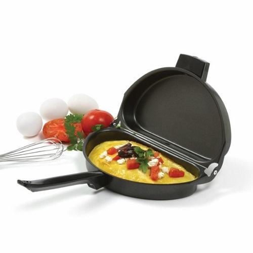 Fold-Over Steel Nonstick Omelet Pan