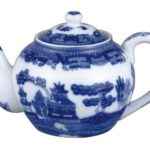 3 Cup Blue Willow Teapot with China Infuser